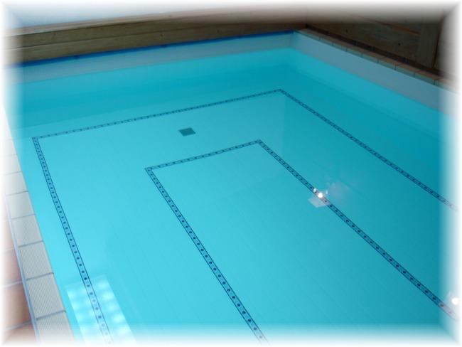 4schwimmbadpast9.jpg